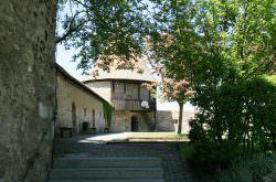 Innenhof der Burg Hohenberg