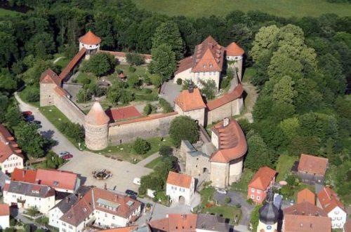 Burg Hohenberg - Erlebnispädagogik in historischem Ambiente